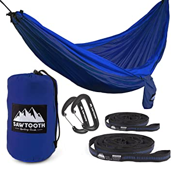 sawtooth double camping hammock with tree straps and aluminum carabiners    plete kit   lightweight portable amazon    sawtooth double camping hammock with tree straps and      rh   amazon