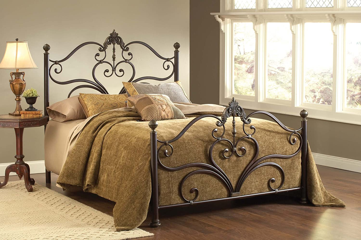 High Quality Amazon.com: Hillsdale Furniture 1756BQR Newton Bed Set With Rails, Queen,  Antique Brown Highlight: Kitchen U0026 Dining