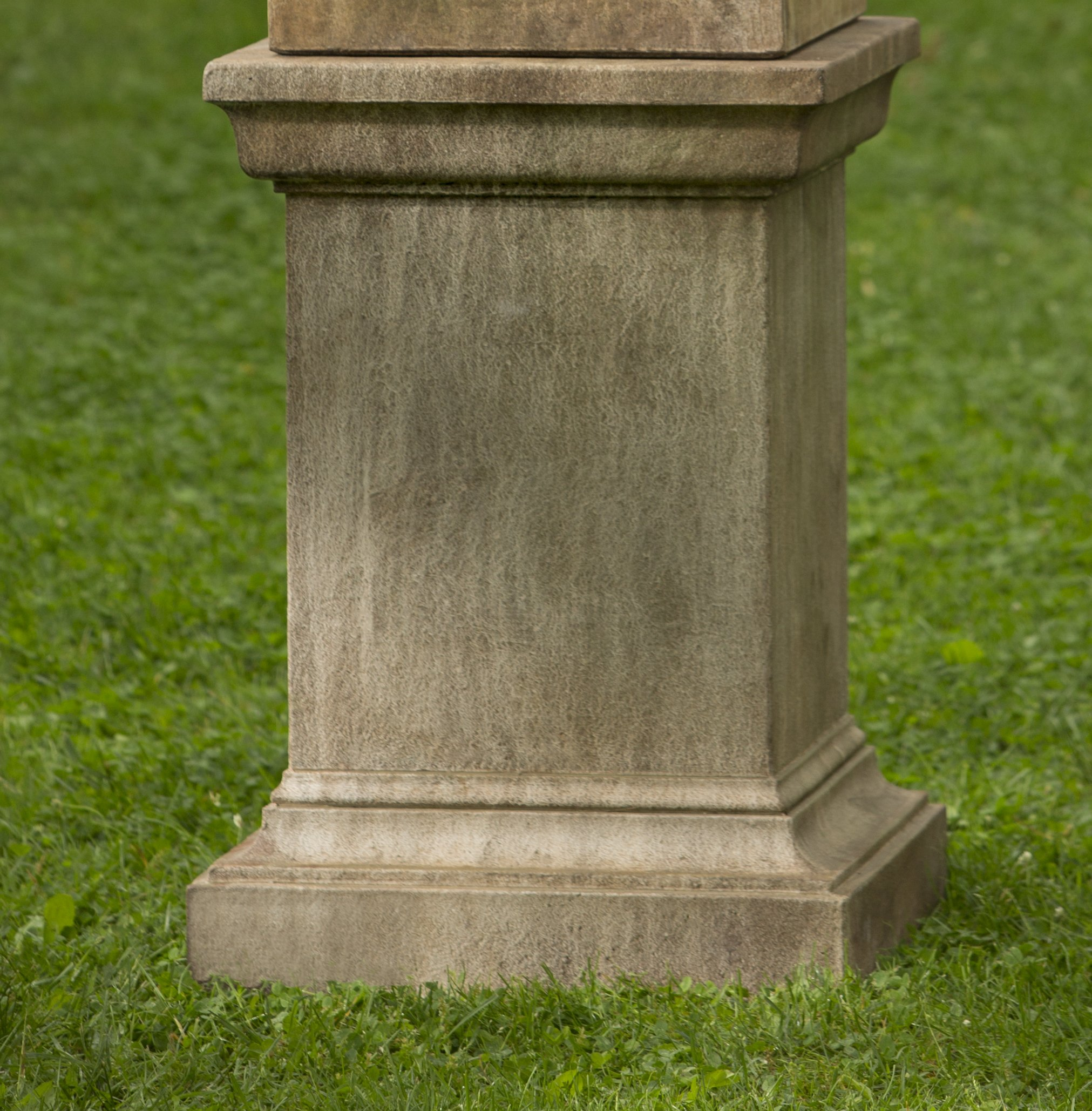 Campania International PD-192-VE Greenwich Pedestal, Verde Finish by Campania International