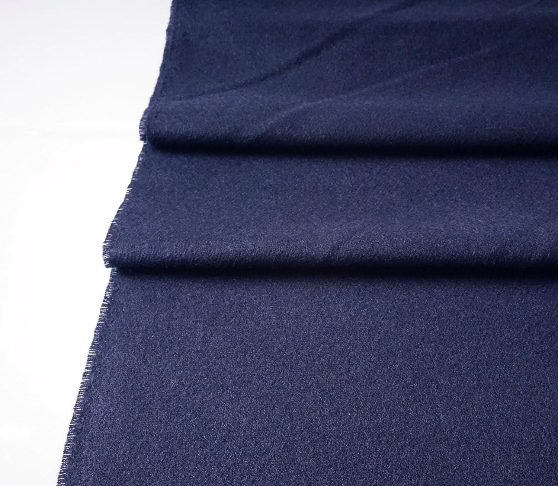 V1969 by Versace 19.69 Echarpe Homme Cachemire laine viscose chaude douce  avec sa pochette cadeau couleur Bleu Marine  Amazon.fr  Vêtements et  accessoires 1de606a871d5