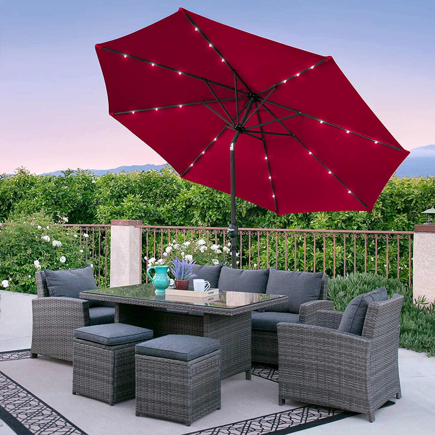 The Best Patio Umbrellas For Your Garden Or Backyard: Reviews & Buying Guide 8