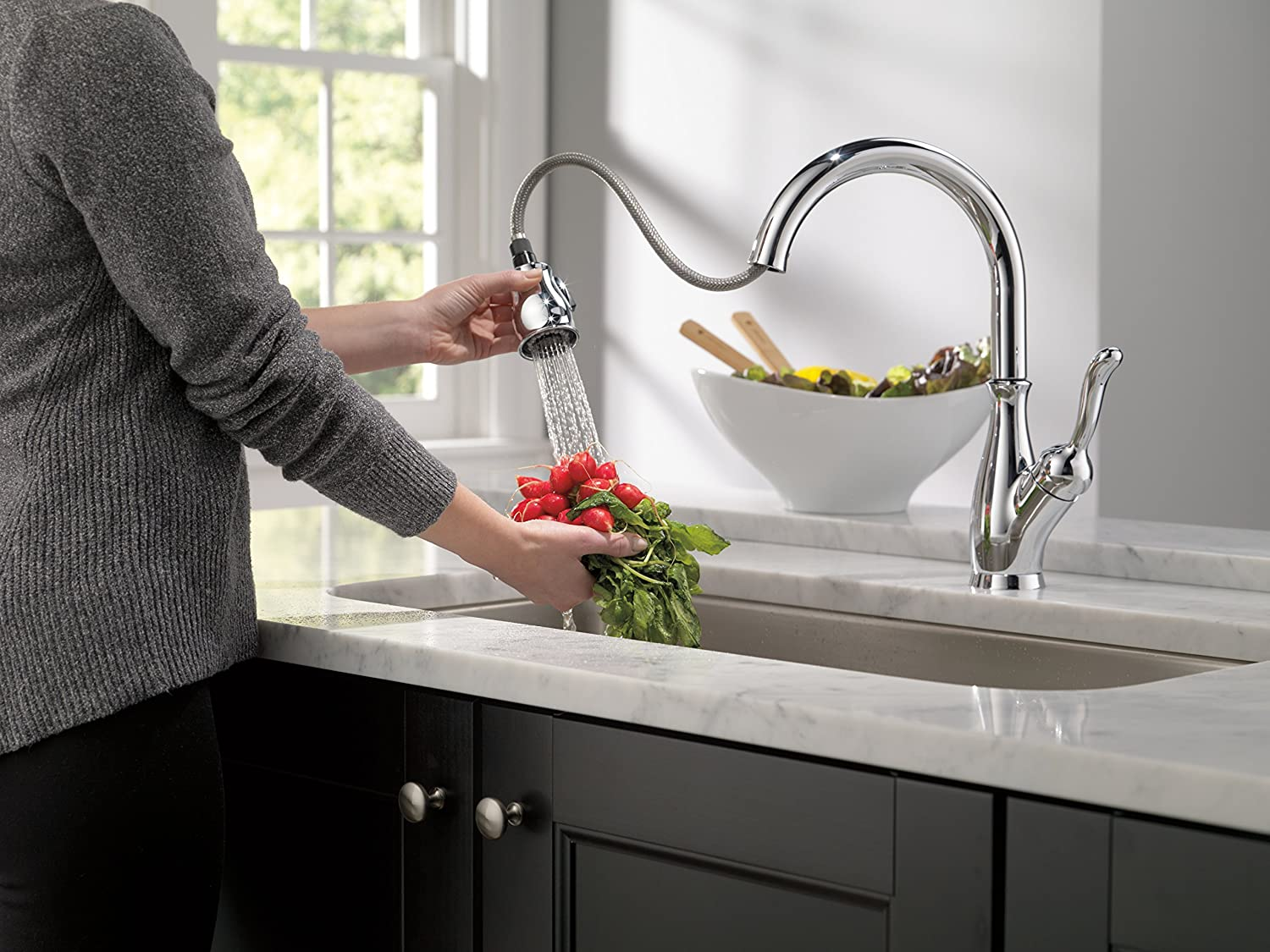 magnatite with dst faucet ar docking faucets p in technology handle essa down kitchen delta sprayer arctic touch stainless pull single