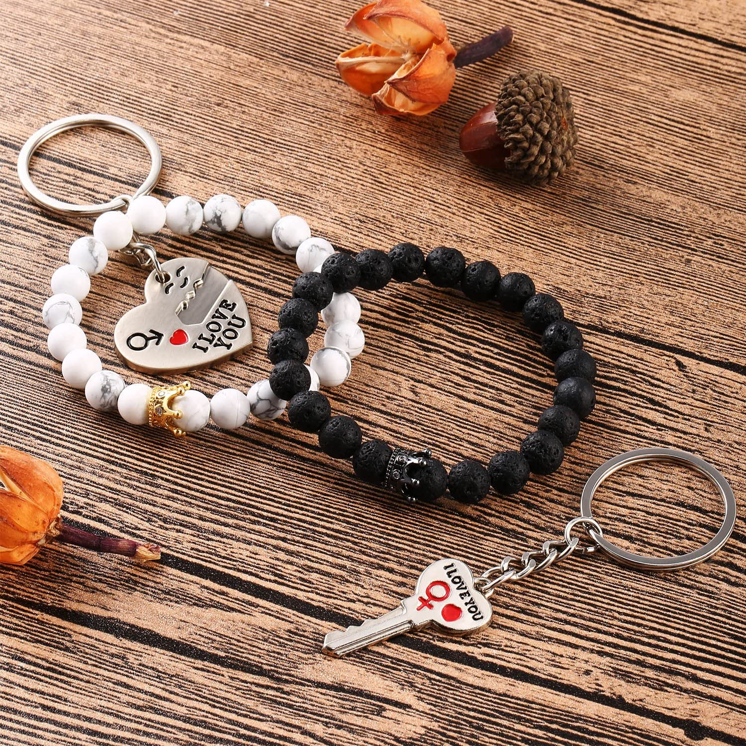 Gejoy Couples Bracelets Beads Bracelet Long Distance Bracelet and Key to Unlock My Heart Keychains for Lovers Friends