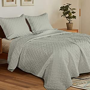 NTBAY Full/Queen 3 Piece (1 Quilt and 2 Shams) Washed Quilt Set, Soft and Lightweight Microfiber Coverlet Modern Style Basket Weave Pattern Quilted Bedspread Set, 90 x 96 Inches, Light Grey