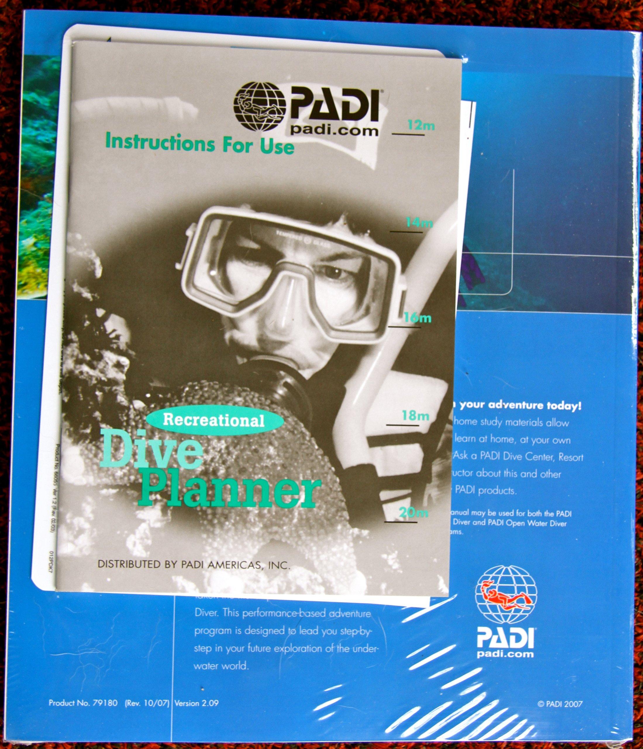 PADI Open Water Diver Manual: Drew (Editor) Richardson: 9781878663429:  Amazon.com: Books