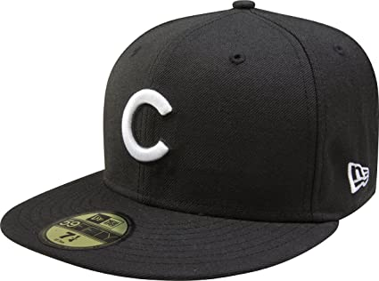 db5356089ab Amazon.com   MLB Chicago Cubs Black with White 59FIFTY Fitted Cap ...