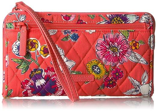 aff469b6eb Vera Bradley Rfid Front Zip Wristlet  Handbags  Amazon.com