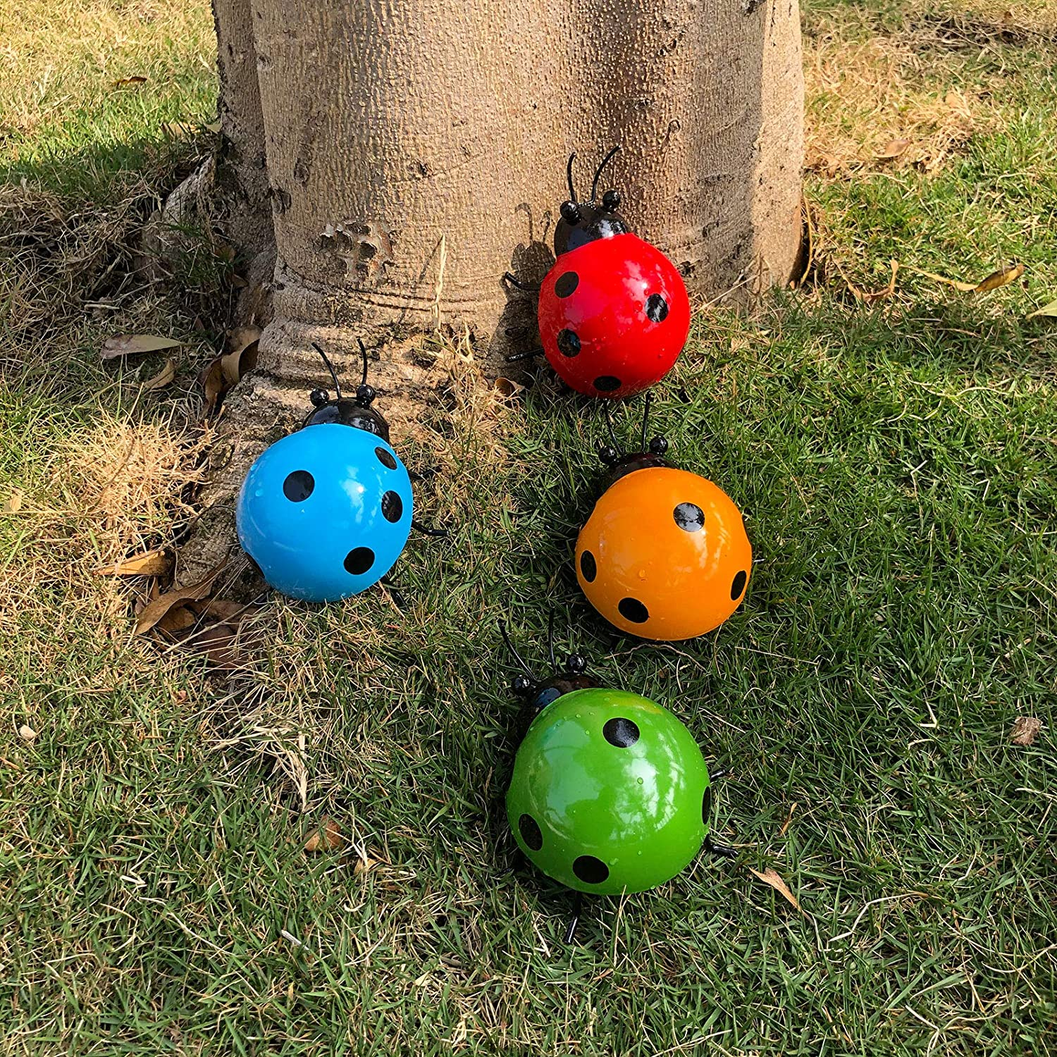 ALLADINBOX 4Pcs Metal Ladybug Wall Art Decor Nature Inspired Sculptures Insect Decoration for Outdoor Backyard Porch Home Patio Lawn Fence Decoration (4 Colors, 3.9 Inch)