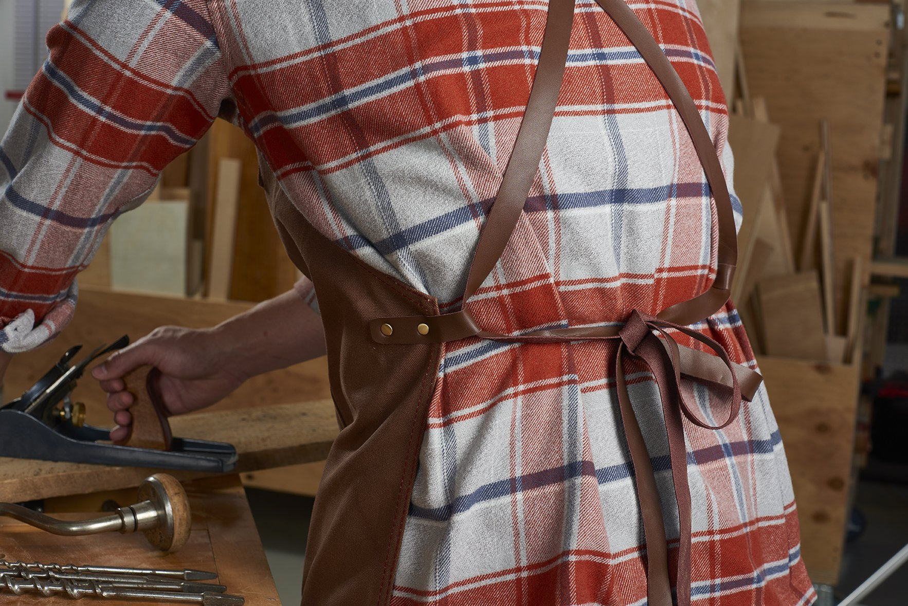 Craftsmans Guild Waxed Canvas Heavy Duty Apron Leather Straps Utility Tool BBQ Cooking Chefs Cooks Shop Woodworking for Men & Women by Craftsmans Guild (Image #4)
