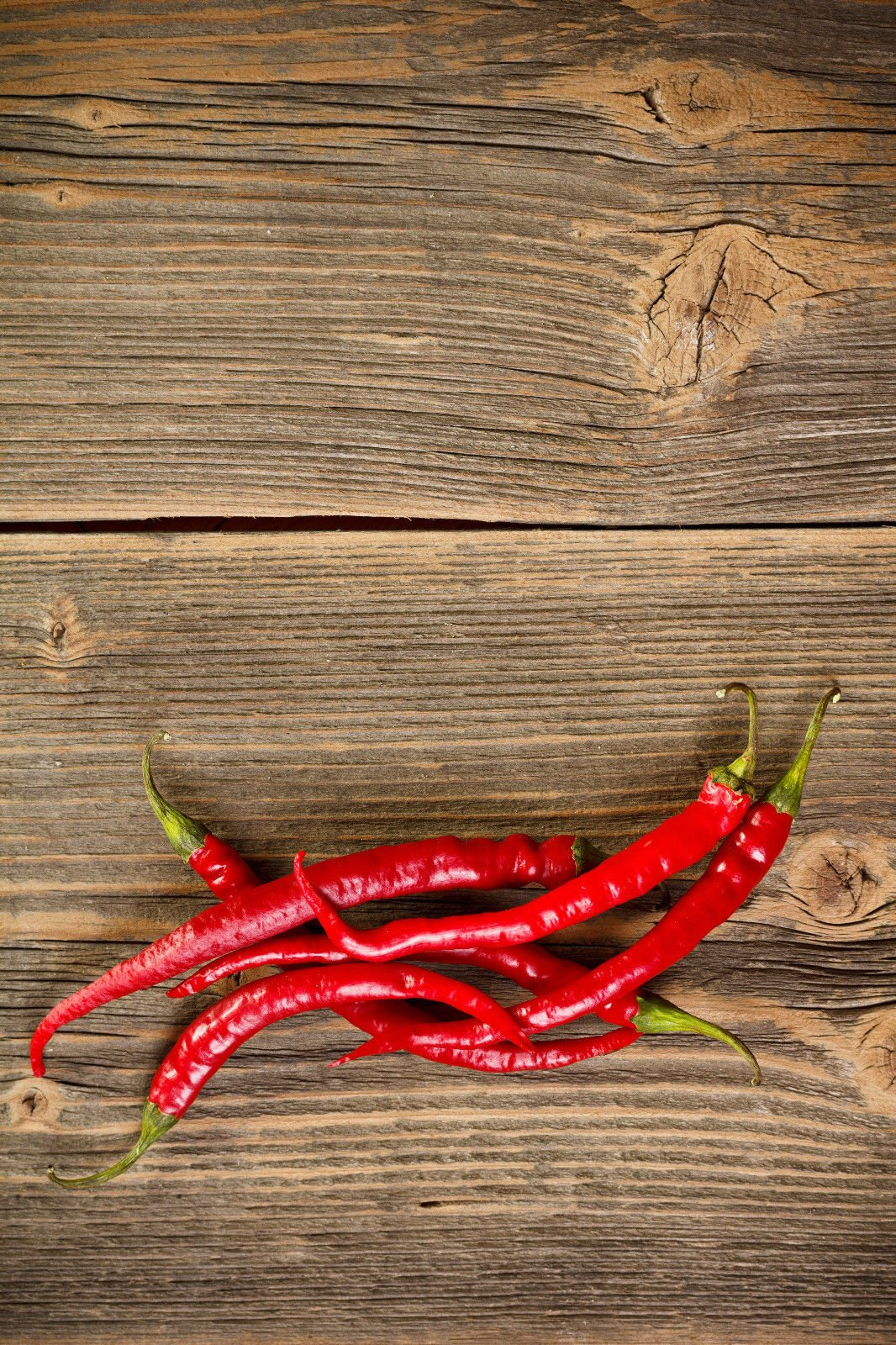 Organic Sweet Cayenne Hot Pepper Seeds ~ 100 Count Fiery Red Fruits Spicy