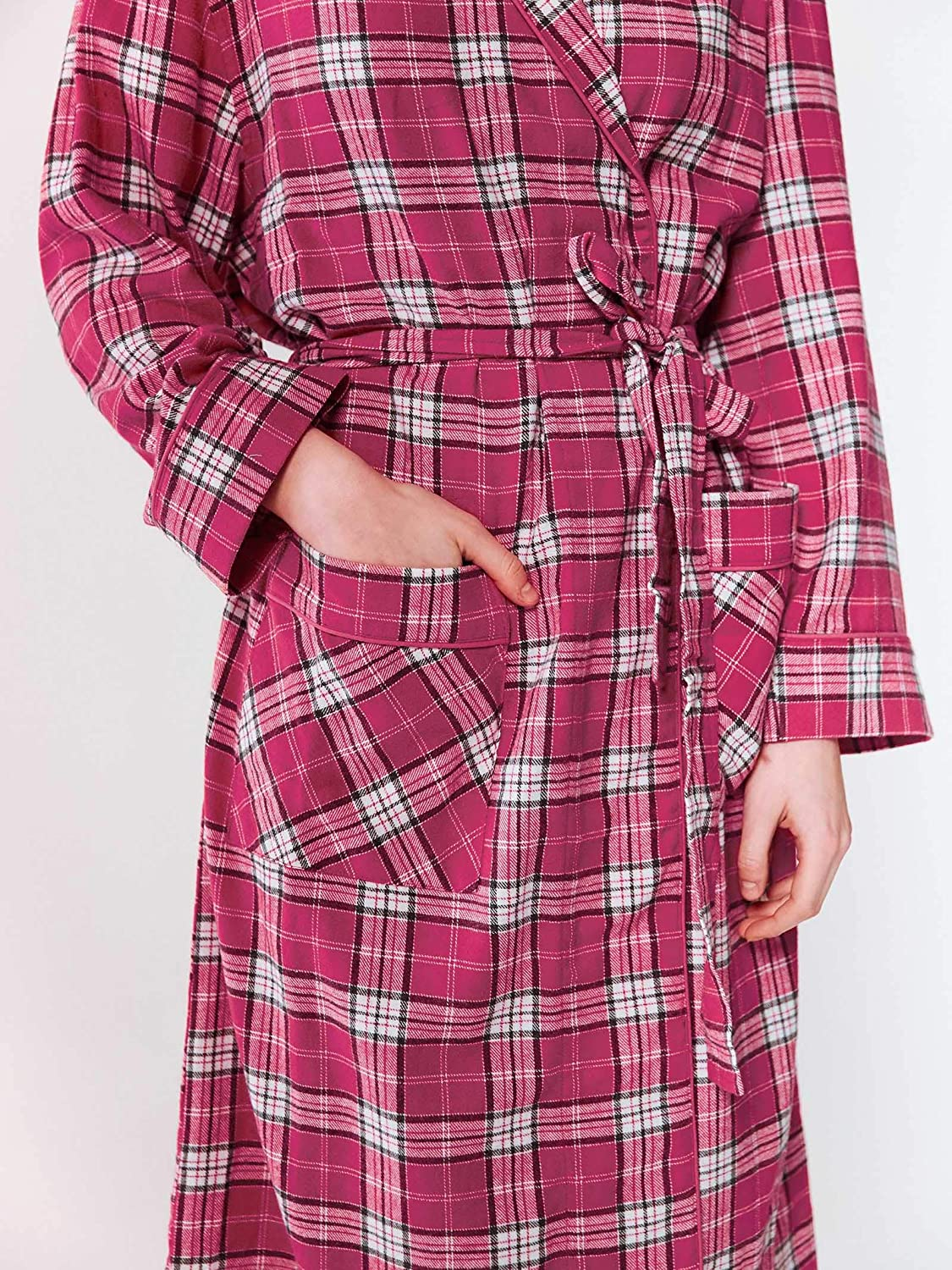 SIORO Womens Flannel Robes Soft Cotton Plaid Bathrobe Shawl Collar Loungewear with Pockets