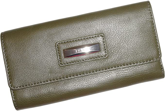 bd05cc914dc Women s DKNY Soft Leather Wallet with Logo Plaque Army Green  Amazon ...