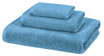 AmazonBasics 100% Cotton Quick-Drying 3-Piece Towel Set, Lake Blue