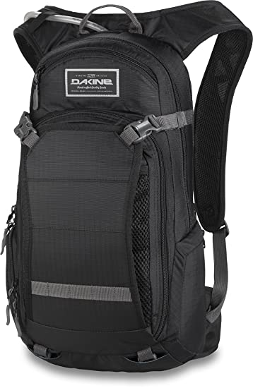 Amazon.com : DAKINE Nomad Hydration Pack - 1100cu in Black 5, One ...