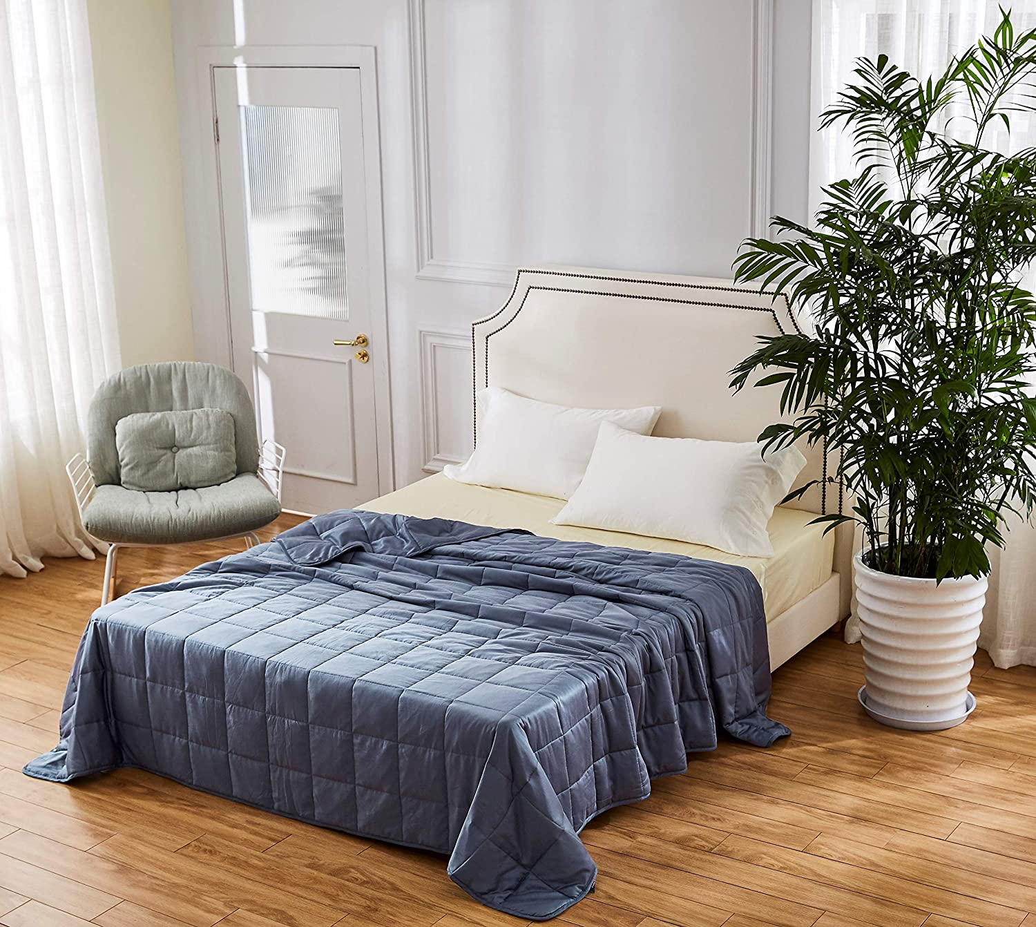 HomeSmart Products King Size Cooling Weighted Blanket - 25lbs 88x104 - The Only True King Size Bamboo Cooling Weighted Comforter On The Market - Perfect for Couples