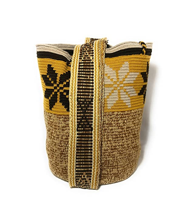 Mochila Wayuu Ethnic 100% hand Woven Shoulder Bag Multicolor: Handbags: Amazon.com