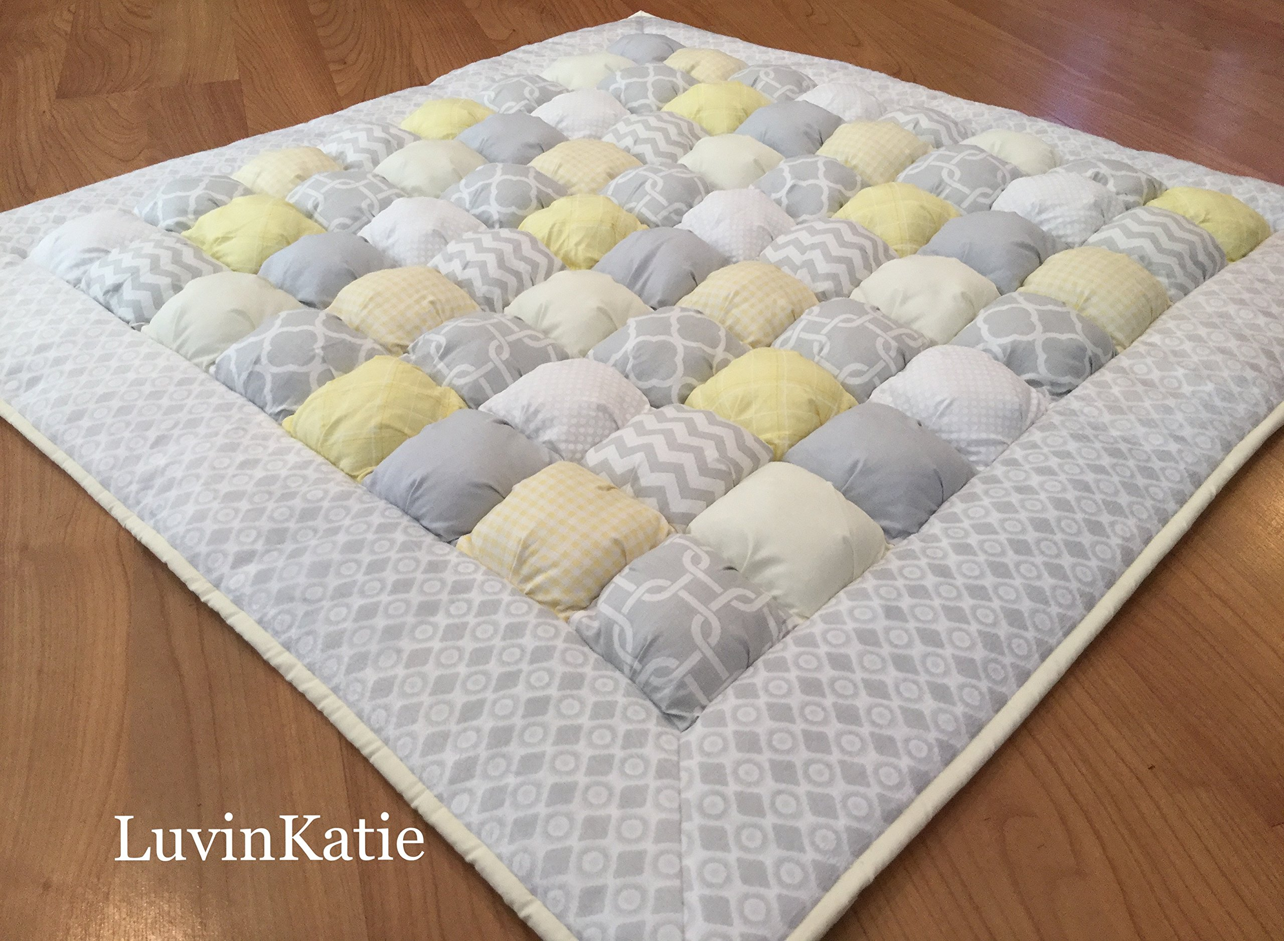 Baby Bubble Puff Quilt Biscuit Quilt in Yellow & Gray