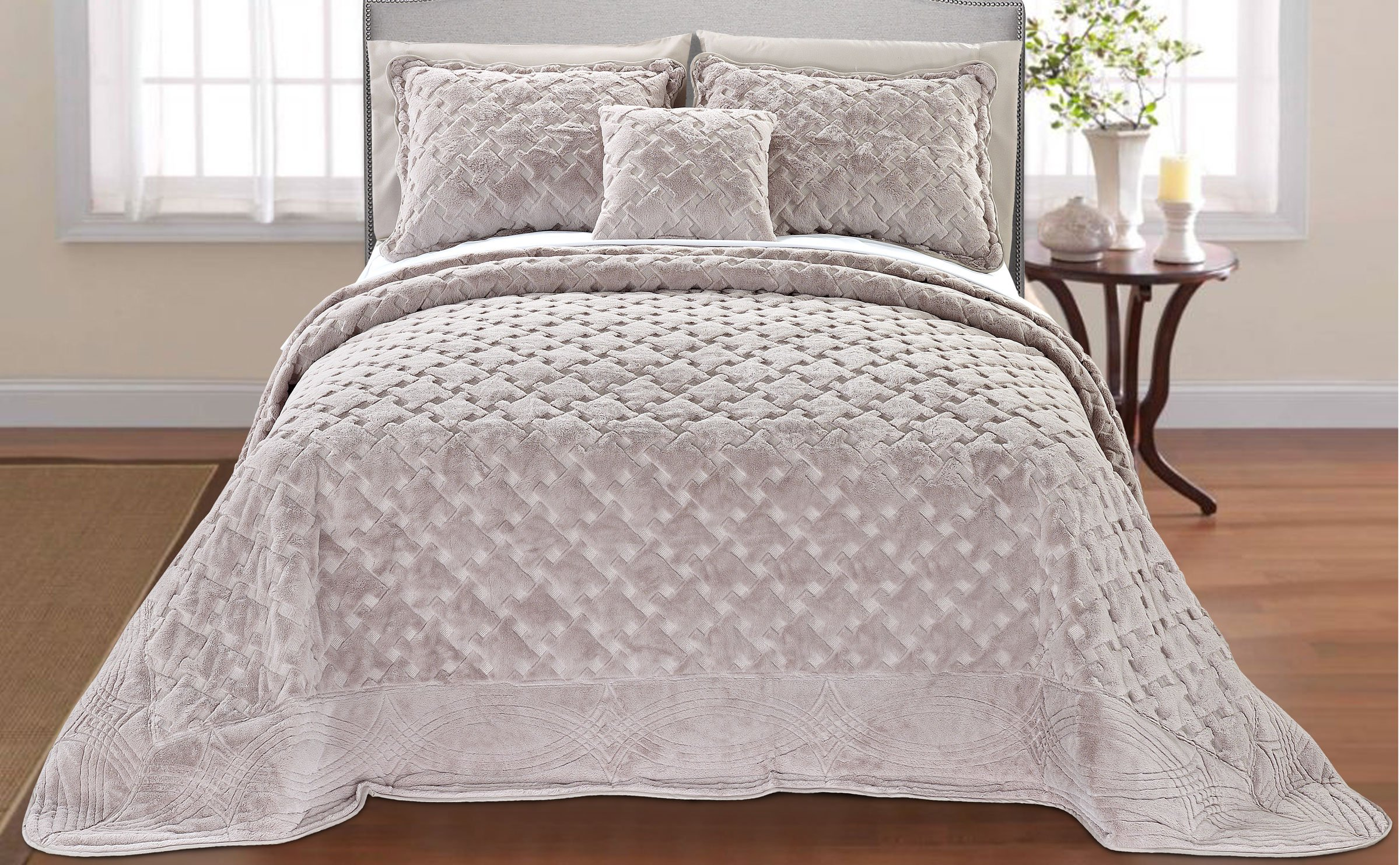 Serenta Faux Fur Quilted Tatami 4 Piece Bedspread Set, King, Taupe