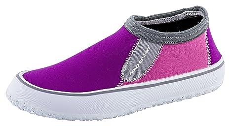 NeoSport Women's Water Shoes Berry 7