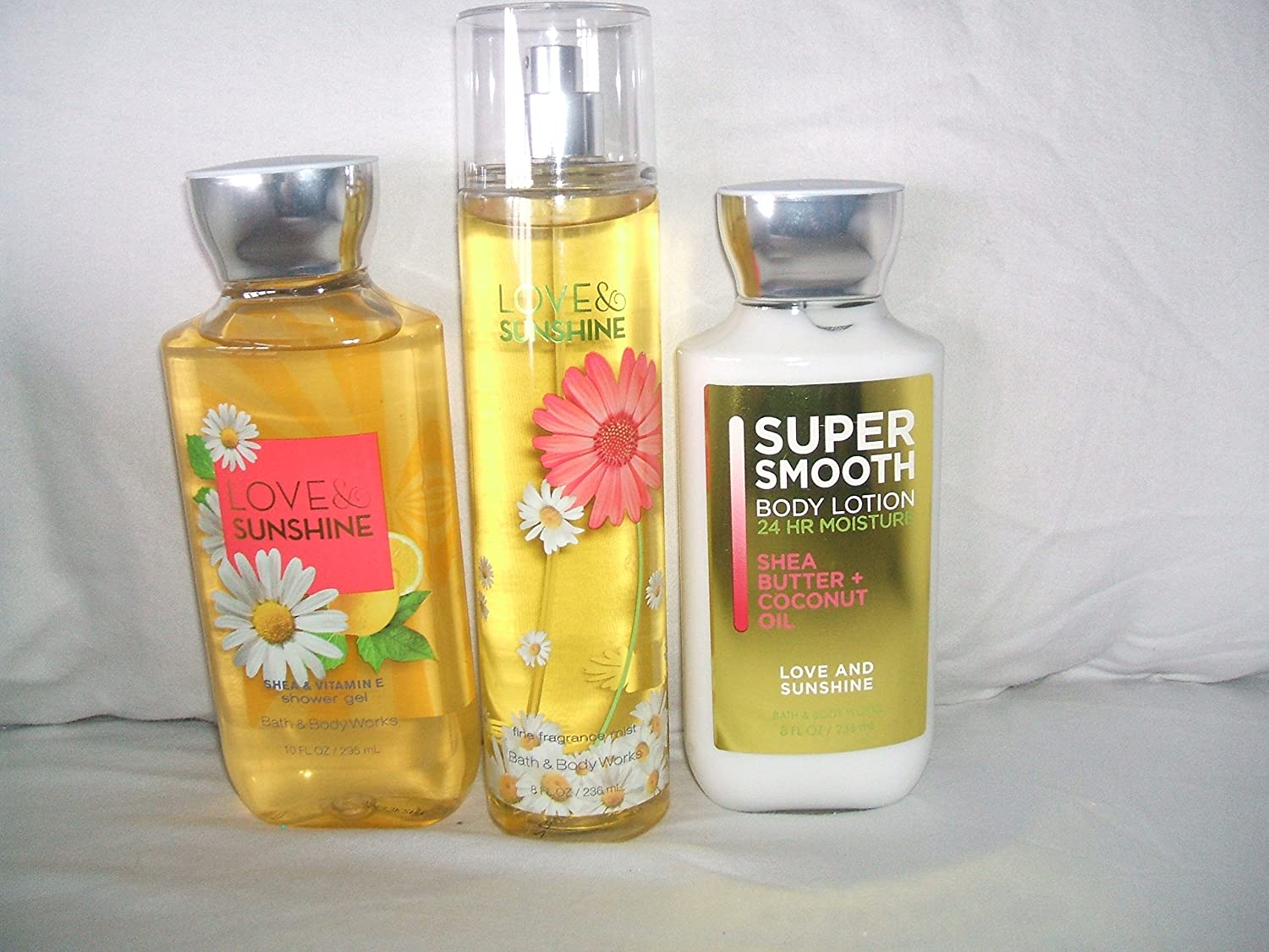 0c9ec210adc Bath & Body Works Signature Collection 'Love & Sunshine' Gift Set - Body  Lotion 8 Fl Oz, Shower.