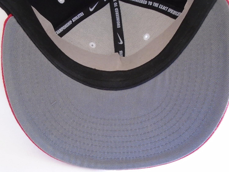 NIKE AIR Max Big Bold Logo True Hat Snapback Cap (Black/Red) at Amazon  Men's Clothing store: