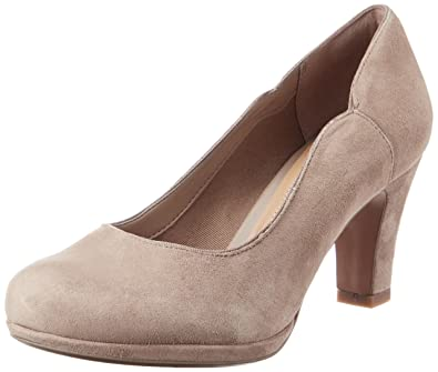 Clarks Chorus Nights Womens ClosedToe Pumps Grey Pebble Suede