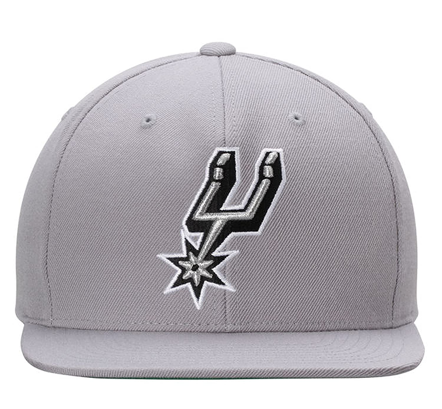Mitchell   Ness San Antonio Spurs Snapback in Grey at Amazon Men s Clothing  store  7ec490a6be7