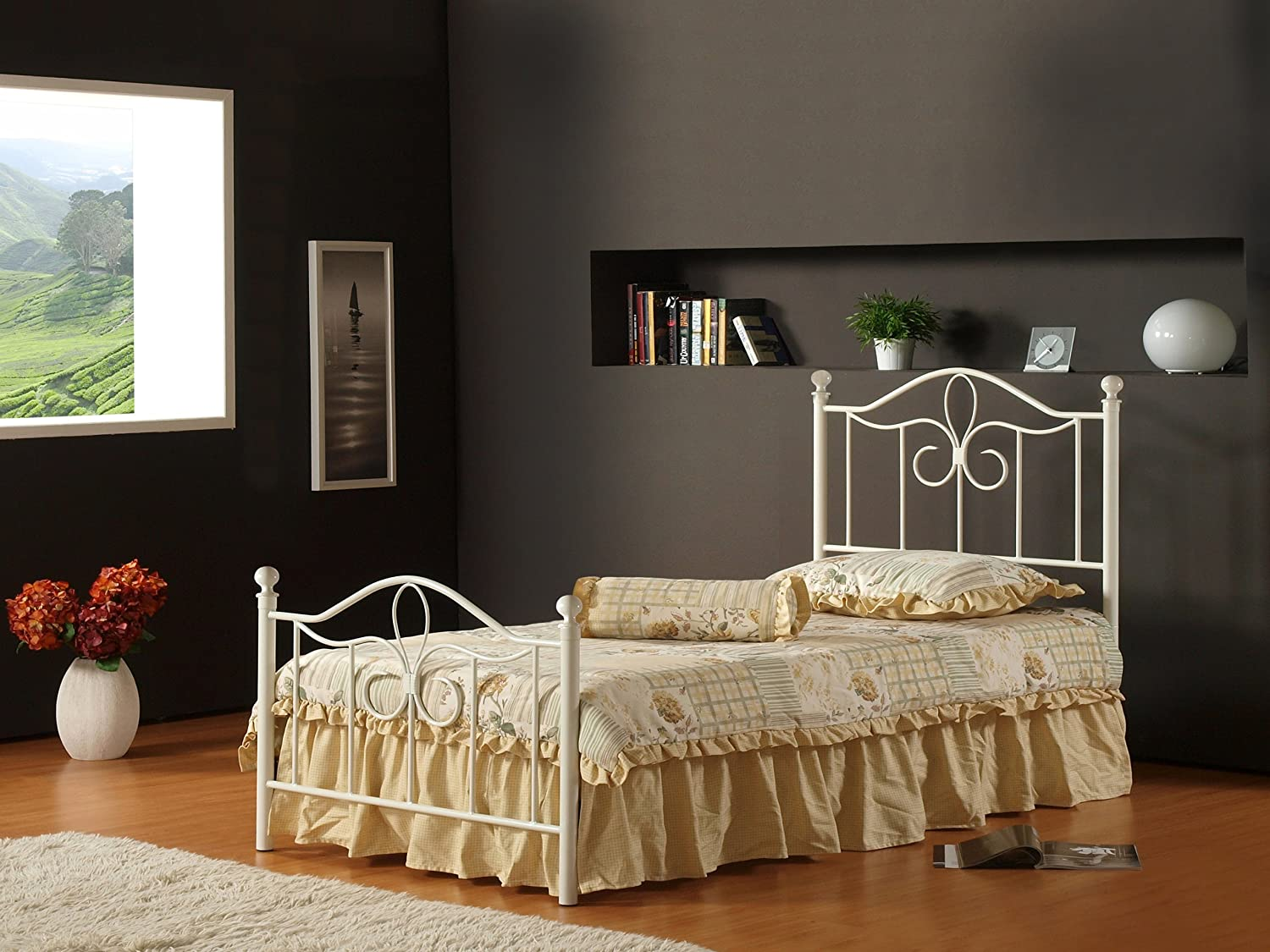 Superior Amazon.com: Hillsdale Furniture 1354BTWMR Westfield Metal Bed Set With  Rails, Twin, Off White: Kitchen U0026 Dining