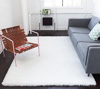 Amazon Com Shimmer Shag Snow White Solid Plain Modern Luster Ultra