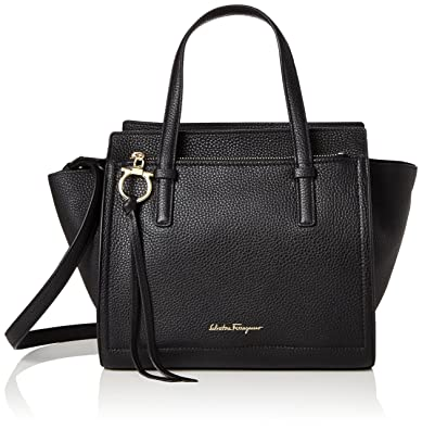 Amazon.com  Salvatore Ferragamo Amy c2ea252c2fd27