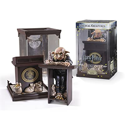 The Noble Collection Harry Potter Magical Creatures: No.10 Gringotts Goblin: Toys & Games