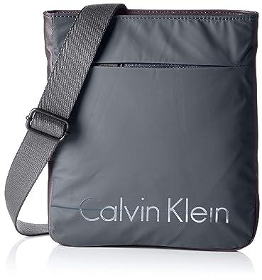 Calvin Klein Jeans K50K502044, Sacs Bandoulière Homme - Vert - Vert (Cargo 313 313), 28x25x3 cm (B x H x T)