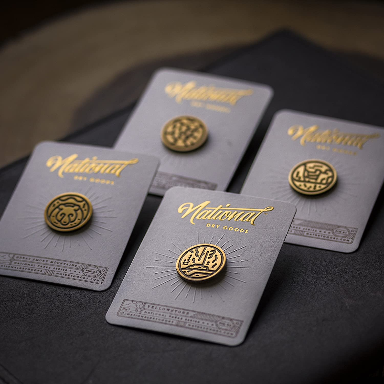 Yellowstone Grand Canyon /& Smoky Mountains 4-Piece National Park Series Lapel Pin Gift Set /— Yosemite