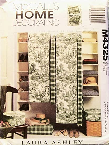 OOP McCalls Home Decor Pattern M4325. Multiple Garment Bag; Single Garment Bag; Hanging