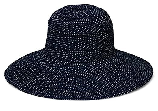 Wallaroo Hat Company Women s Scrunchie Sun Hat – Black White Dots – UPF 50+ 1f40f983e91d