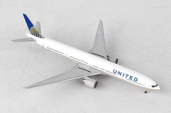 Herpa 529877 United Airlines Boeing 777-300ER 1:500 Scale REG#N58031  Diecast Display Model