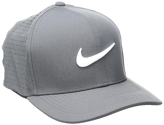 ac62cda4f0b59 Nike Men's Classic 99 Fitted Golf Hat