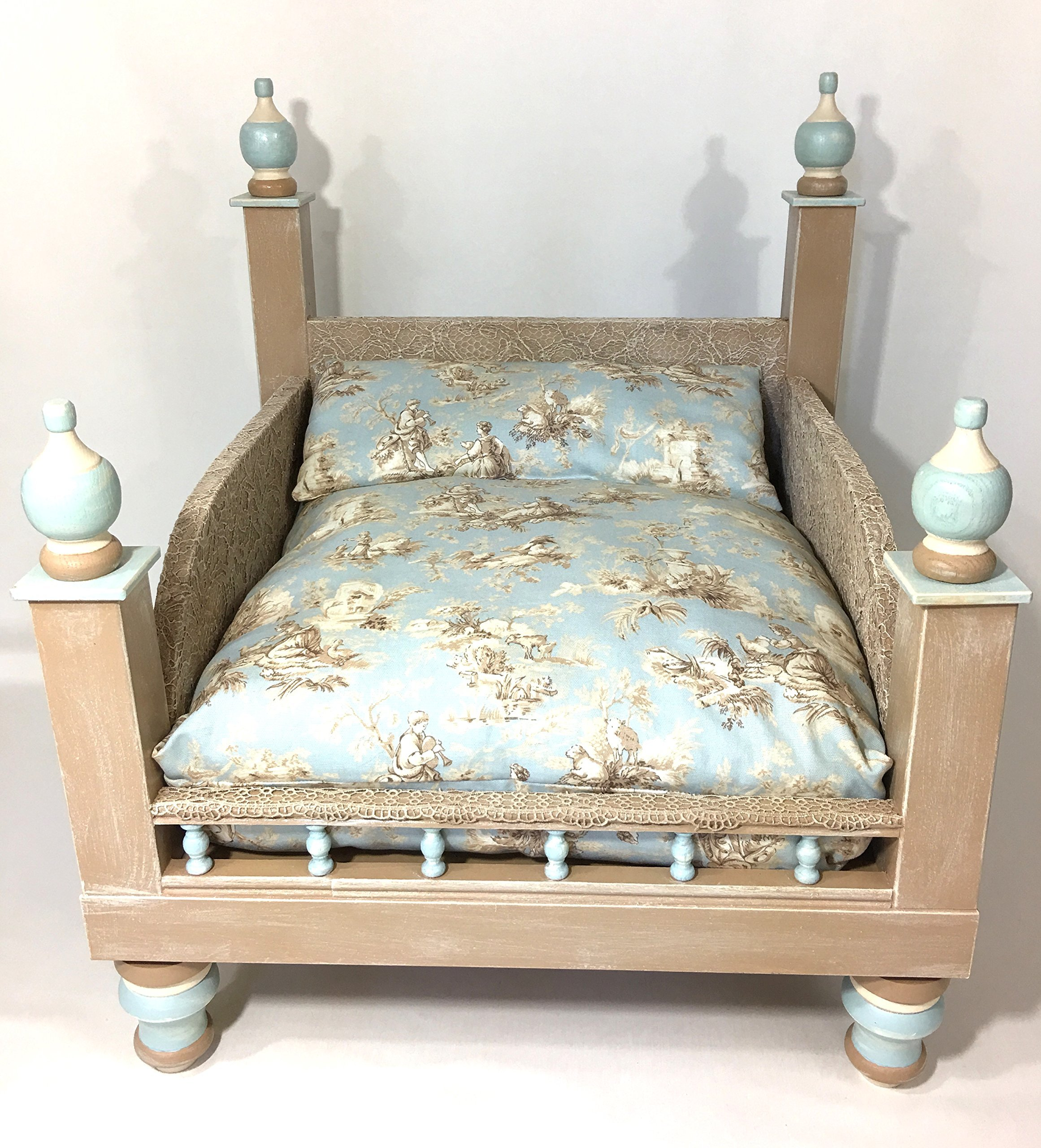 Shabby Chic Blue Lace Pet Bed