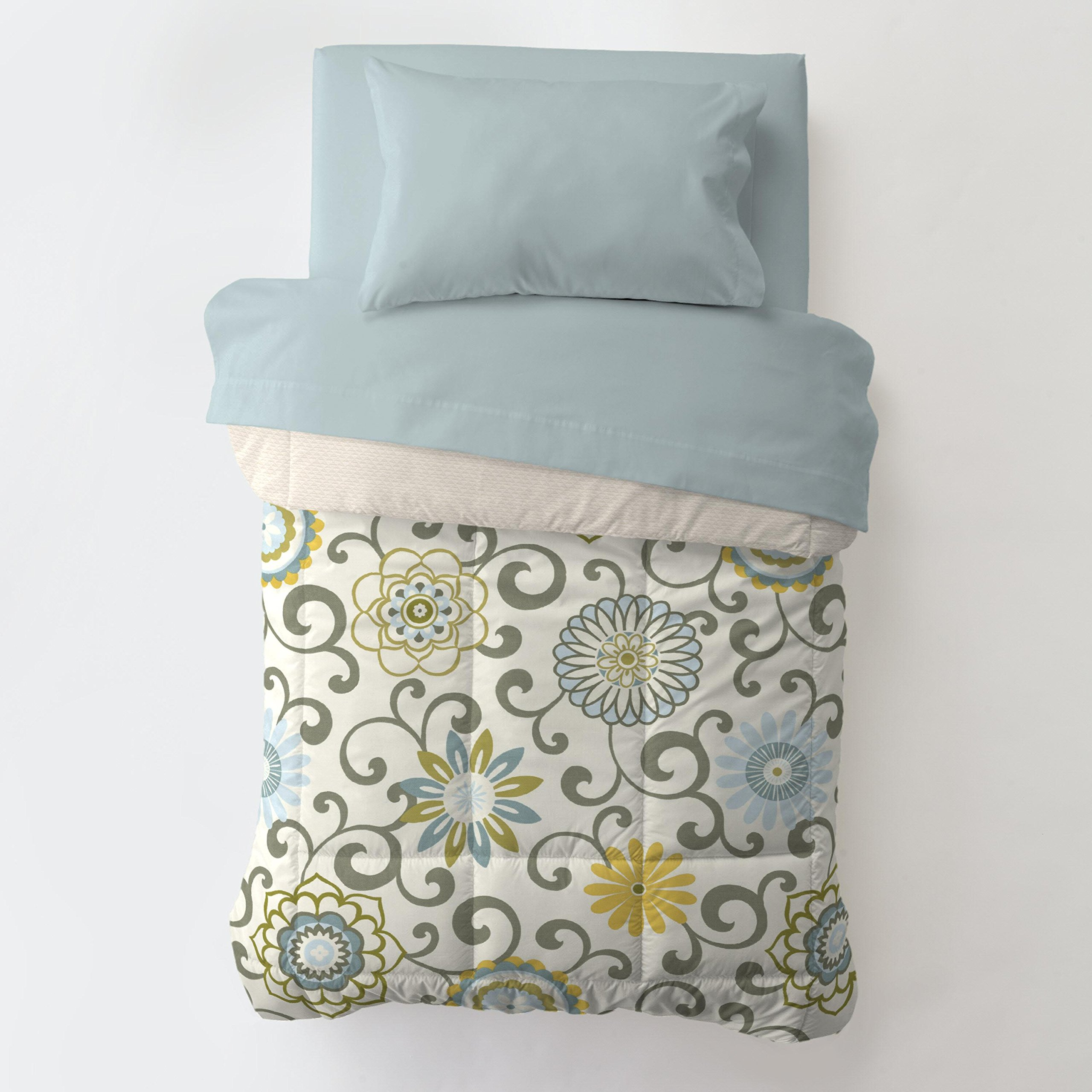 Carousel Designs Spa Pom Pon Play Toddler Bed Comforter