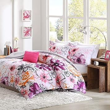 Amazoncom Intelligent Design Olivia Comforter Set Twintwin Xl