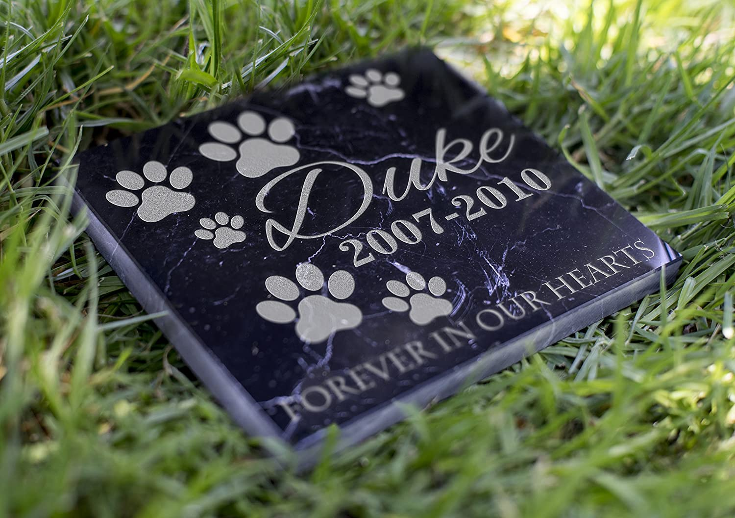 Memorial Pet Headstone - Forever in Our Hearts - D4