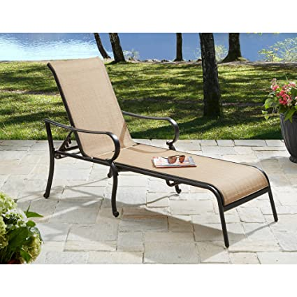 amazon com this set of 2 patio lounge chairs made of stain