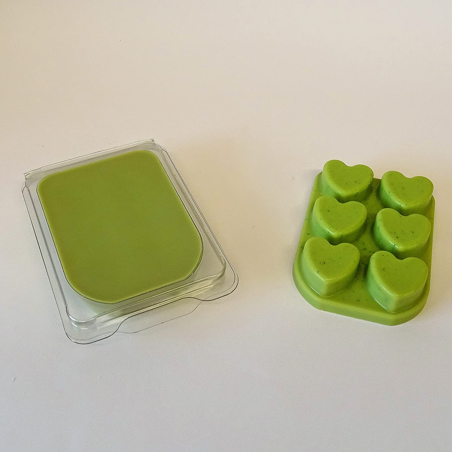 WHICKSNWHACKS ® WAX MELTS Clam Shell HEART Shaped PEPPERMINT & EUCALYPTUS for your Oil Burner