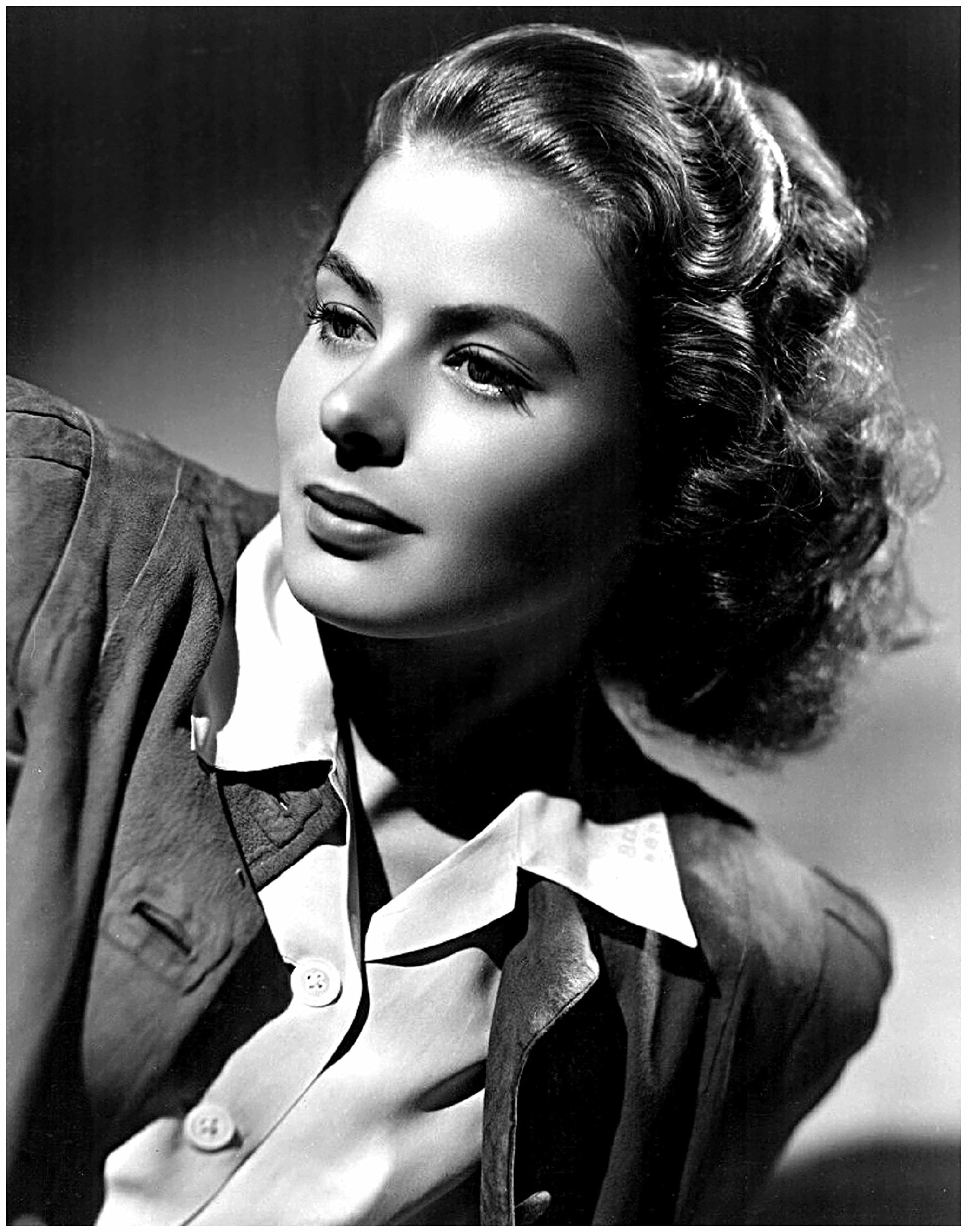 ArtDash® Photo Art Print by Actress INGRID BERGMAN: Black and White Photograph (8''×10'' print)