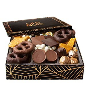 Oh! Nuts Christmas Gourmet Chocolate Candy Gift Box, Holiday Tins Basket Toffee Brittle Covered Pretzels Chocolates Prime Food Gifts For Men Women Peanut Butter Cups Baskets Valentines Day Delivery