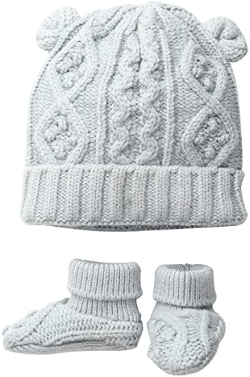 Amazon.com  Toby   Company Baby Nygb Cable Knit Hat   Booties Set ... 5d6276889508