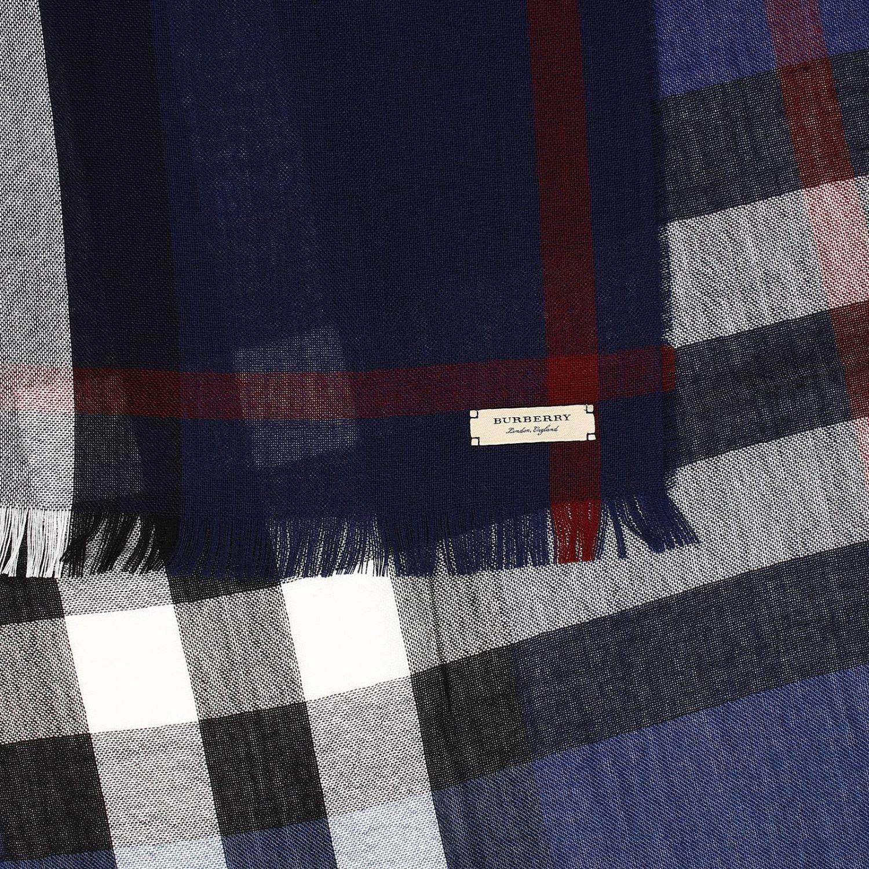 fe575ccf135f BURBERRY Homme 4000326 Bleu Laine Écharpe  Amazon.fr  Vêtements et  accessoires