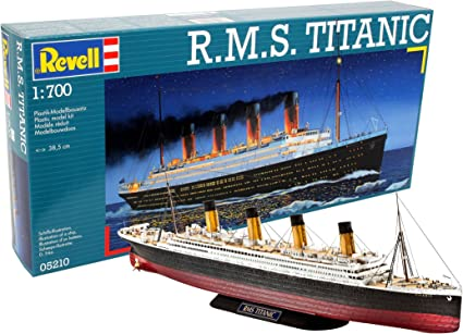 20 cm Wooden Model of RMS Titanic Ship