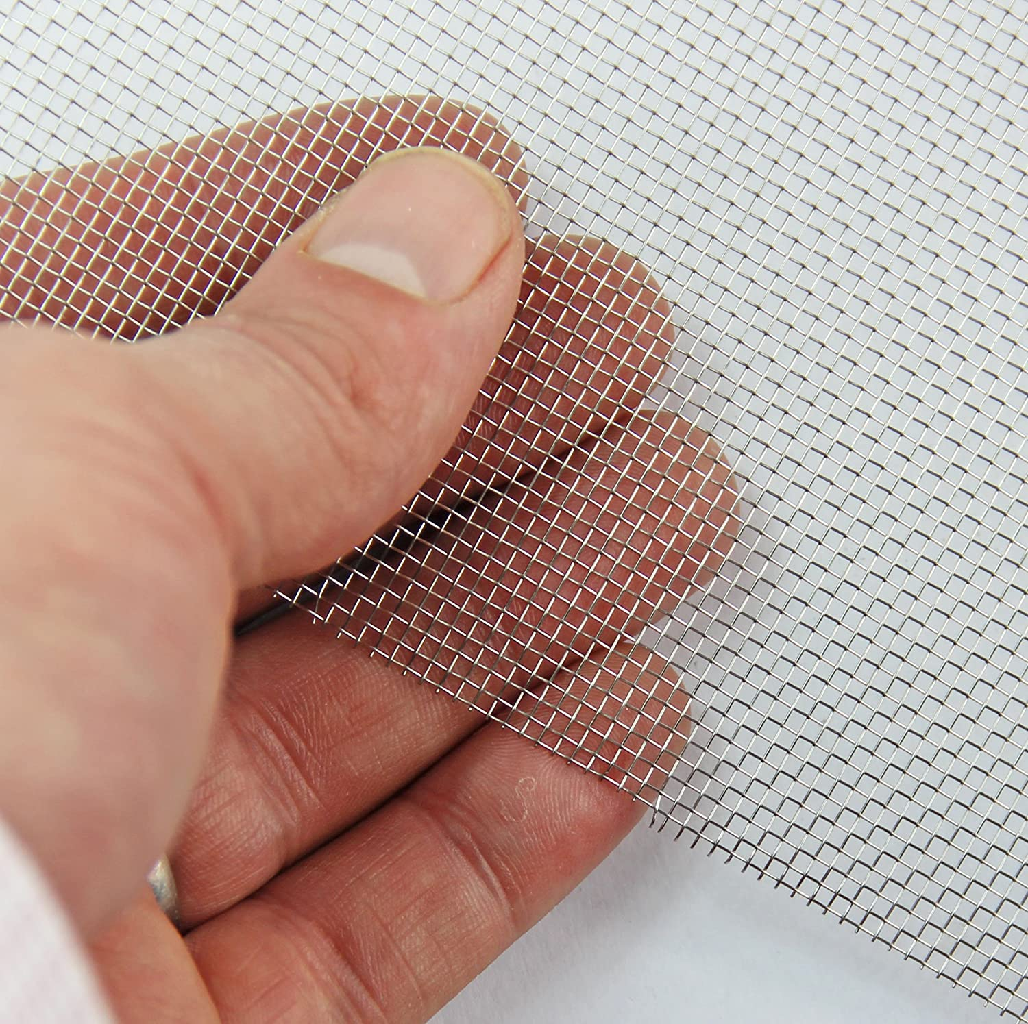 Stainless Steel Mesh 16 LPI x 1.19mm Hole x 0.4mm Wire A5 Coarse Rodent Mesh 150 x 210mm