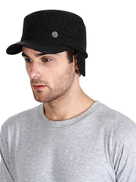 2c06b8dc267 FabSeasons Small Peak Chekered Cap with Foldable Ear Cover for Winters   Amazon.in  Sports